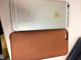 Selling UNLOCKED IPhone 6 PLUS 16gb gold (Perfect condition) + Leather Apple case