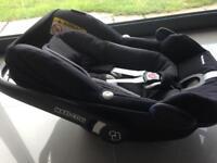 Maxi cosi pebble plus isofix baby car seat