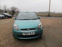 Ford Fiesta ZETEC *1.4 petrol*3 door*Limited edition*