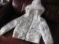WHITE JACKET for age 8-9 BEAUTIFUL CONDITION - with hood / pockets - very cool coat!