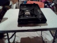 2x camping stoves
