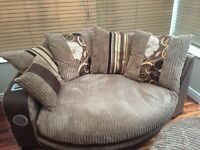 SCS cuddle sofa immaculate condition with speaker