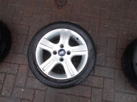 FORD FIESTA 15IN ZETEC ALLOY WHEELS WITH 195/50/15 TYRES 4 STUD 5 SPOKE BARGAIN ONLY £120 *LOOK*