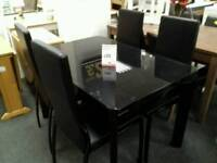 Excellent glass table and 4 chairs