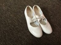 Girls tap shoes size 3