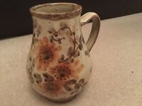 Olaria Velha Porches Portuguese hand painted jug vase