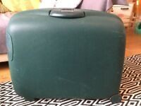 Samsonite Oyster II hard shell suitcase, racing green, with packing kit/suit hanger