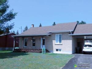 165 000$ - Maison à paliers multiples à vendre à Rivière-Rou