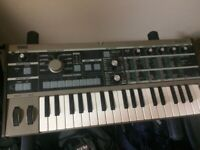 Korg Microkorg with vocoder mic and bag