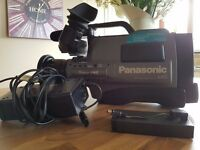 Panasonic S-VHS Movie Camera NV-MS5B