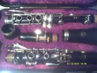 YAMAHA B flat CLARINET , YCL 26 . In PRISTINE CONDITION , RARELY USED HENCE , AS NEW ++++