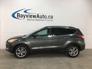 2016 Ford Escape SE - 4WD! SYNC! REVERSE CAM! NAV! PANOROOF!...