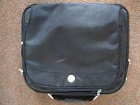 Free laptop bags (2)