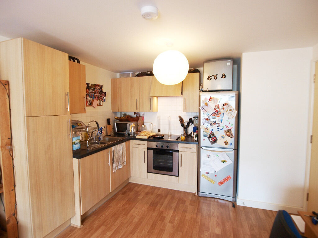 Lovely 1 Doube Bedroom Flat in the Heart of Angel with a 7 mins walk to Old Street and Regents Canal