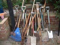 Mixed bundle of hand tools
