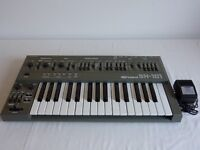 Roland SH101 synthesiser in excellent condition