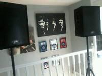 UNUSED & NEW peavey speakers and stands..