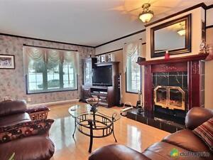 299 999$ - Maison 2 étages à vendre à La Baie Saguenay Saguenay-Lac-Saint-Jean image 4