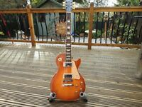 """gibson les paul"""" traditional plus"""" honey burst 2009 in gibson case ."""