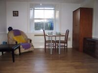Leith, Ocean terminal. Spacious double room, rent includes Council Tax and Free WiFI