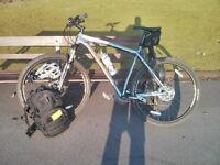 Felt Nine 30 Mountain Bike 29er - RockShox Recon Gold Forks, Avid Elixer Disc Brakes.