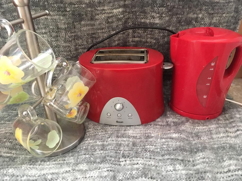 Red kitchen collection