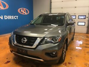 2017 Nissan Pathfinder SV AWD/ 7 PASS/ BACKUP CAM/ HEATED SEATS!