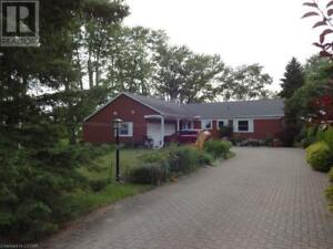 Groovy Cozy Cottage In Grand Bend Houses For Sale Sarnia Kijiji Interior Design Ideas Inamawefileorg