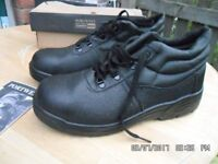 SAFETY / WORK SHOES - PORTWEST 12/47 - NEW