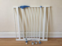 Lindam Kids Easy Fit Safety gate - hardly used