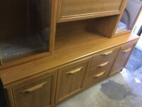 Display cabinet with built-in drink/bar cupboard free