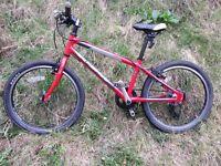 Child's Isla Bike.Beinn 20.Red