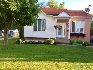 191 500$ - Bungalow à vendre à Sherbrooke (Jacques-Cartier)