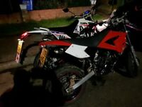 CPI 50 SM SX SUPERMOTO 50cc has the same engine AM6 Which is used by Yamaha and Aprilla