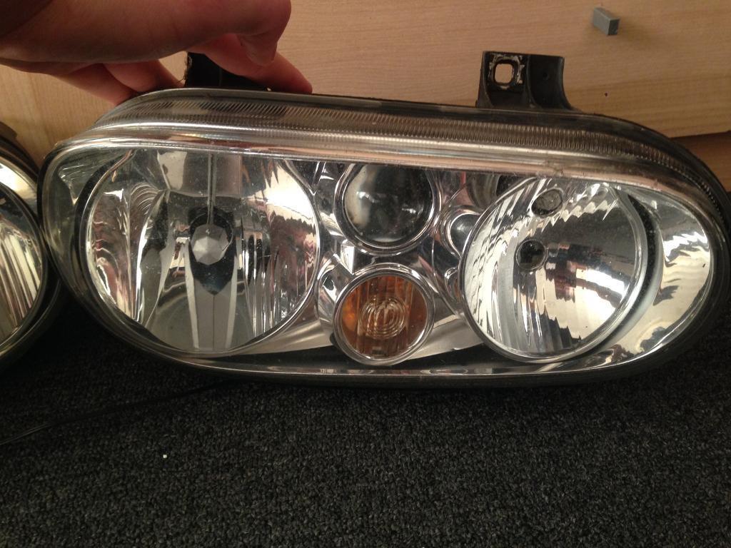 Vw golf MK4 Head lights