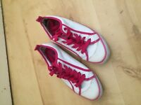 new look casual shoes size 5 worn once ideal gift