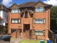PURLEY: Superb 1 bed flat