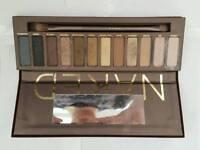 NAKED eyeshadow tray