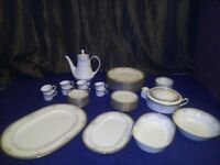 A very beautiful large dinning set by Noritake, The Chelmsford collation