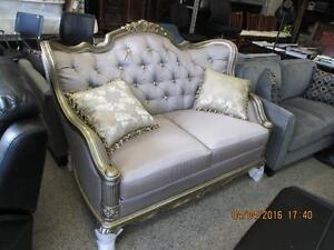 Traditional Tufted Sofa Brand new