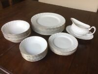 Harmony bone china 24 piece dinner service in fluted white gold design, including sauce boat