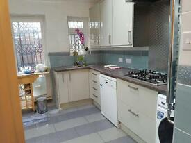 Newly refurbished 4 bed house!!