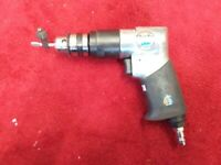CLARKE AIR PISTOL DRILL WITH CHUCK KEY VERY GOOD CONDITION AIR DRILL