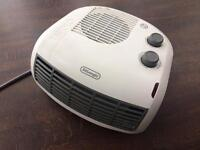 Delonghi HTF3033 3 Kilowatt Horizontal Electric Fan Heater.