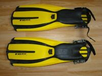 Diving fins Mares Plana Avanti X3 and Typhoon Titanium boots for sale.