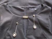 Elegant black office, size S and earrings.