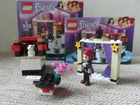 Lego Friends Mia's Magic Tricks 41001 (retired set)