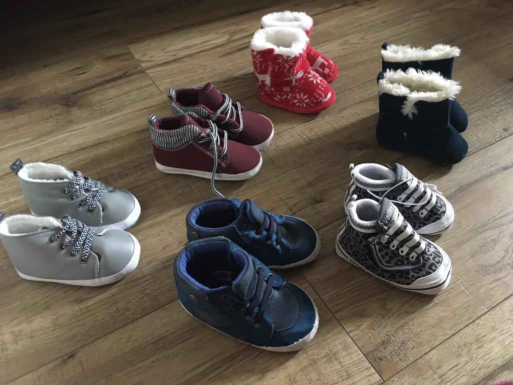 Baby shoes/ boots