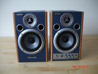 Edirol by Roland Digital Stereo Micro monitors