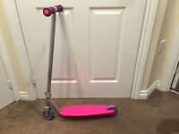 Pink scooter with rear breaks can deliver
